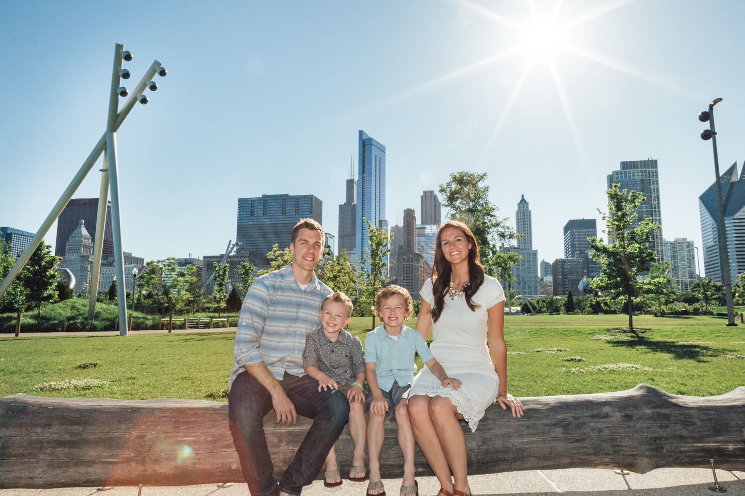 Bokeh-Studios_Chicago-Family-Photography-Maggie-Daley-Park-Millennium-Park-Bean_01