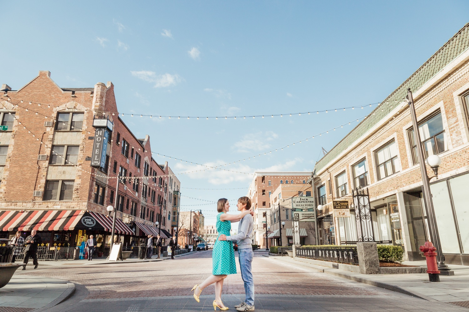 Bokeh-Studios_Franklin-Park_Downtown-Oak-Park-Record-Store-Engagement-Photos-Chicago-Pleasant-Home_23