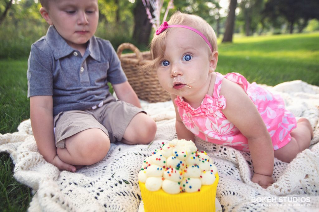 Bokeh-Studios_Cake_Smash_Shoot_Barrington_Chicago_Photographer_03