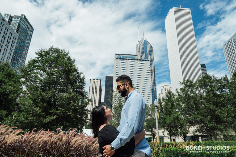 Bokeh-Studios_Downtown-Chicago-Engagement-Photography_Photographer_Best_Art-Institute_02