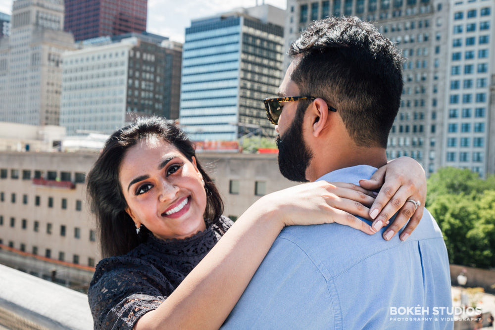 Bokeh-Studios_Downtown-Chicago-Engagement-Photography_Photographer_Best_Millennium-Park_04
