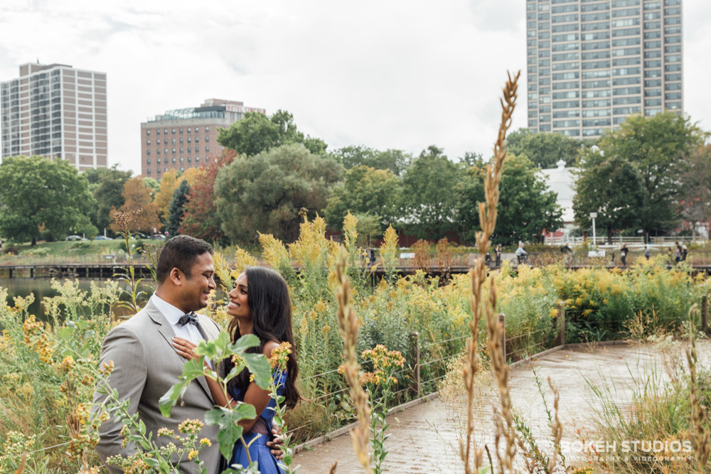 Bokeh-Studios_Chicago-Engagement-Photography_Lincoln-Park_Honeycomb-Structure-Photography_023