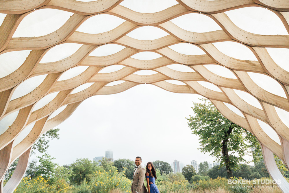 Bokeh-Studios_Chicago-Engagement-Photography_Lincoln-Park_Honeycomb-Structure-Photography_027