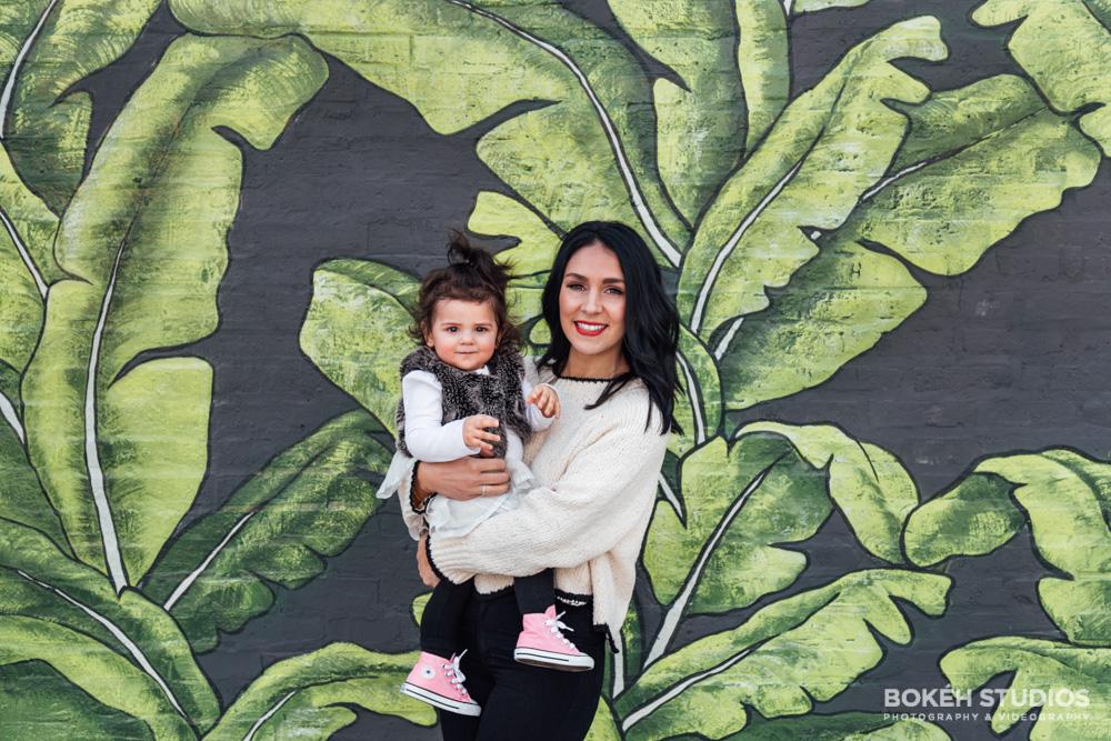 Bokeh-Studios_Family-Lifestyle-Photography_Photographer_Eden-Restaurant_Chicago-Wall-Mediterranean_04