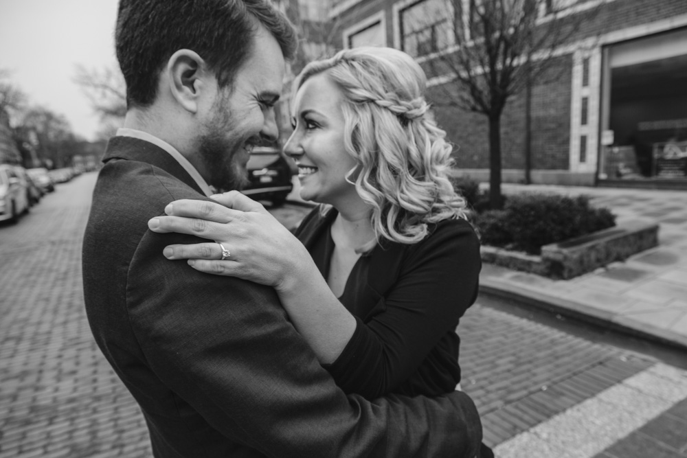 Bokeh-Studios_Downtown-Oak-Park_Engagement_Photography_Photographer_Wedding_12