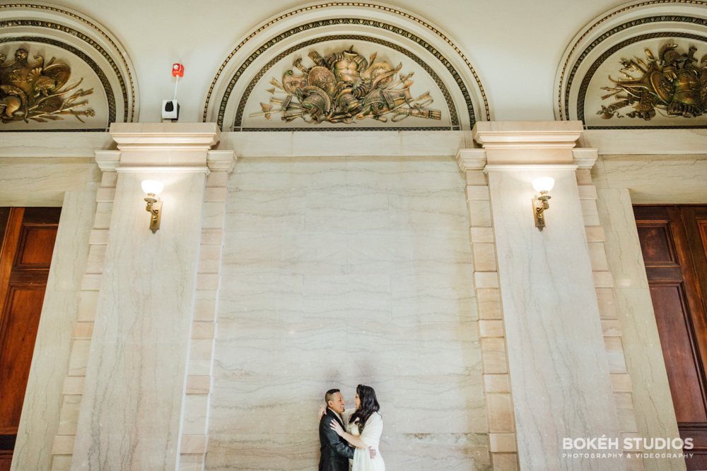 Bokeh-Studios_City-Hall-Wedding_Chicago-Wedding-Photographers-Photography_Chicago-Cultural-Center_11