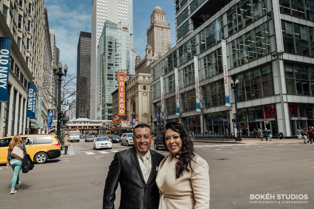 Bokeh-Studios_City-Hall-Wedding_Chicago-Wedding-Photographers-Photography_Chicago-Theatre_01
