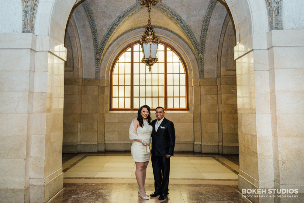 Bokeh-Studios_City-Hall-Wedding_Chicago-Wedding-Photographers-Photography_Downtown-Chicago_03