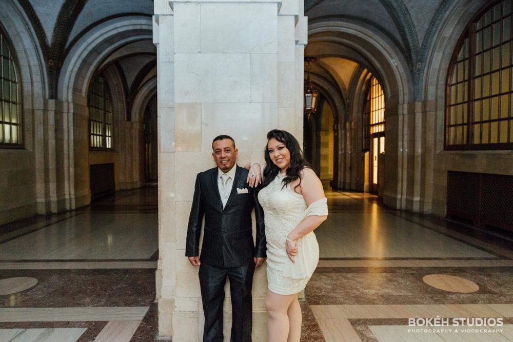 Bokeh-Studios_City-Hall-Wedding_Chicago-Wedding-Photographers-Photography_Downtown-Chicago_04