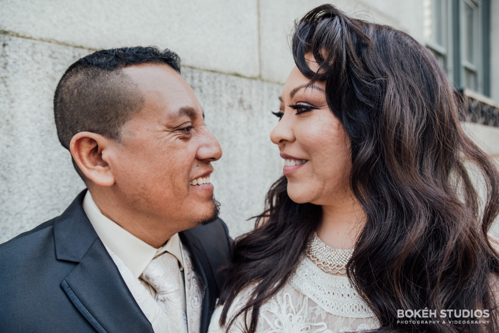 Bokeh-Studios_City-Hall-Wedding_Chicago-Wedding-Photographers-Photography_Downtown-Chicago_11