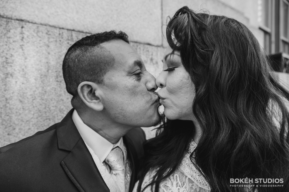 Bokeh-Studios_City-Hall-Wedding_Chicago-Wedding-Photographers-Photography_Downtown-Chicago_12