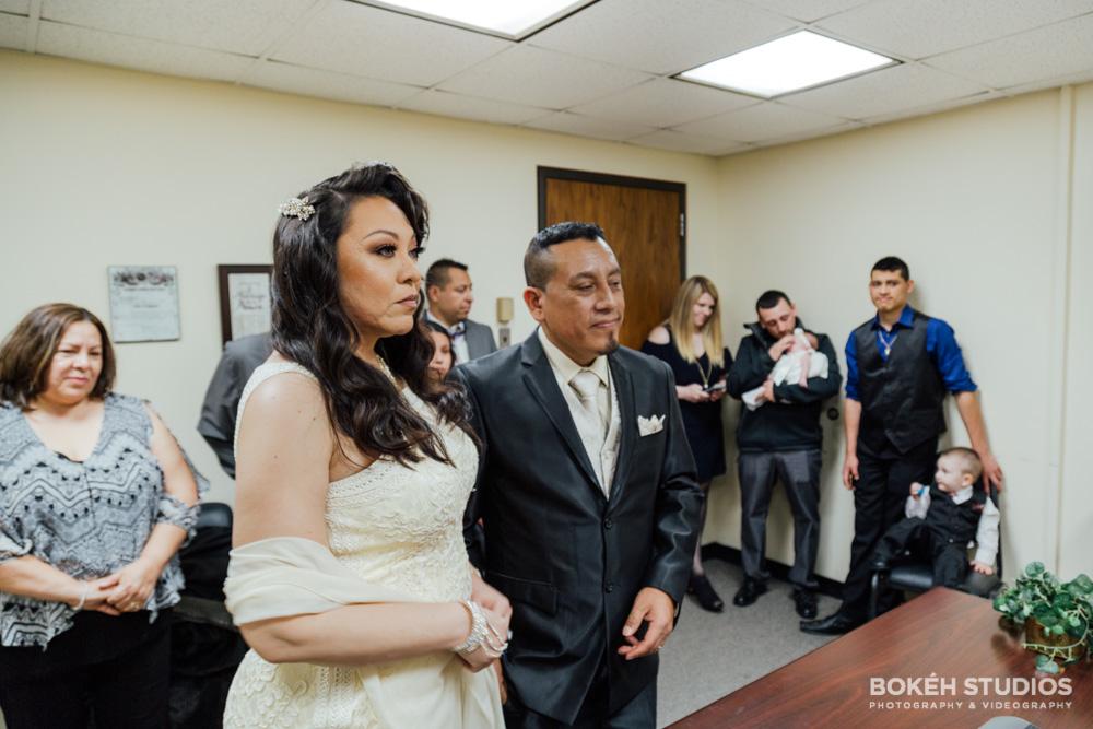 Bokeh-Studios_City-Hall-Wedding_Chicago-Wedding-Photographers-Photography_Downtown-Chicago_29
