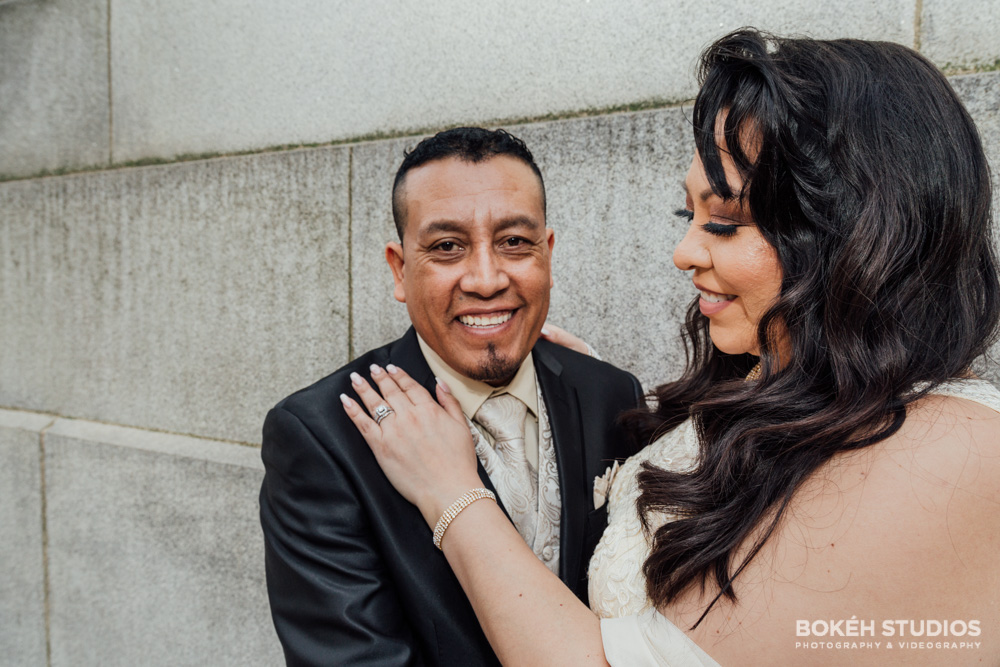 Bokeh-Studios_City-Hall-Wedding_Chicago-Wedding-Photographers-Photography_Downtown-Chicago_37